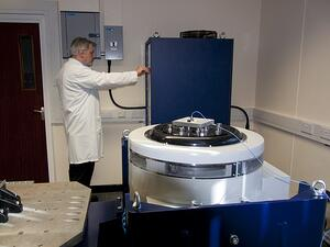 Custom test facility for space applications 2